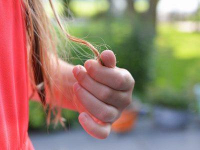Karşı Konulamayan Saç Koparma Dürtüsü: Trikotillomani